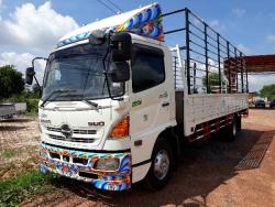 ขายด่วน รถบรรทุก6ล้อ HINO MEGA ซีรี่500 กระบะคาโก้พร้อมคอก 6.50เมตร