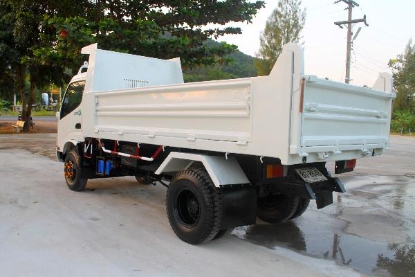 ขาย HINO 150 แรง ปี56 กระบะดัมพ์สามมิตรยาว 4 เมตร รถบ้านมือเดียว