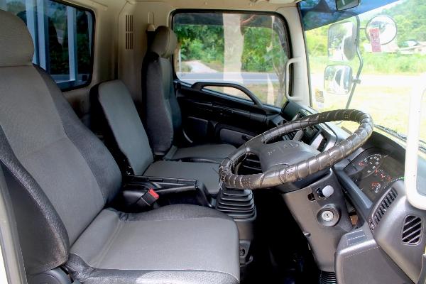 ขาย HINO FC9J ปี57 รถบ้านมือเดียวเจ้าของขับเอง ไมล์ห้าหมื่น