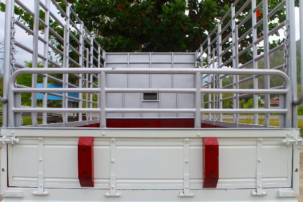 ขาย ISUZU NMR 130 ปี56 รถบ้านมือเดียวไม่เคยชน กระบะคอกคาร์โก้ 4.30 เมตร ยางเรเดี