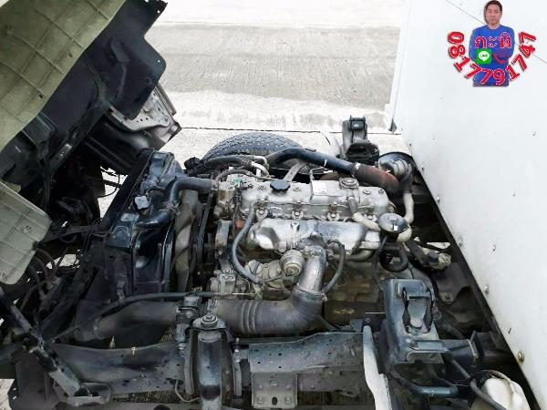 ปี2007 ISUZU SUPER TRUCK NKR 2800CC เกียร์ธรรมดา สีขาว