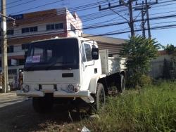 ขายรถบรรทุก 4 ล้อ ใหญ่ 4WD สภาพดีพร้อมใช้งาน