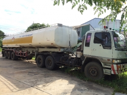 ขาย รถบรรทุกน้ำมัน 40,000 ลิตร สุรินทร์
