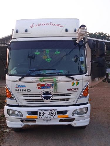 รถ 6 ล้อ HINO 500 DOMINATOR 175 แรง
