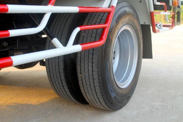 ขาย ISUZU NPR150 ปี57กระบะ4.5เมตร รถบ้านมือเดียวออกศูนย์ สีเดิมบางไม่มีชน ยางเรเ
